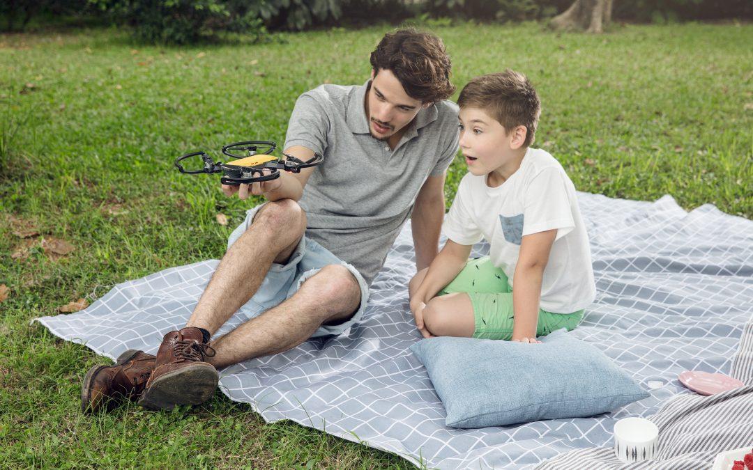 Drones για παιδιά.  Όλα όσα πρέπει να γνωρίζετε.